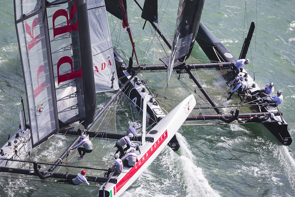 America's Cup World Series 2013: Luna Rossa Swordfish Emirates Team New Zealand collision